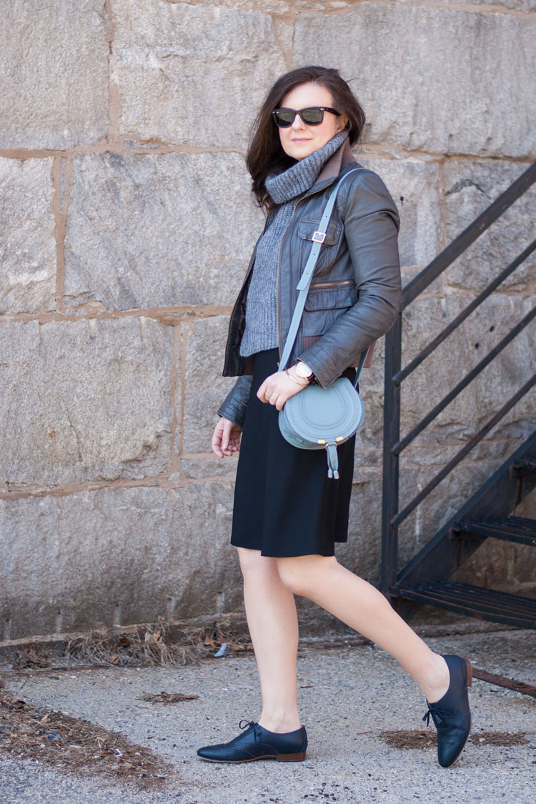 minimal workweek outfit
