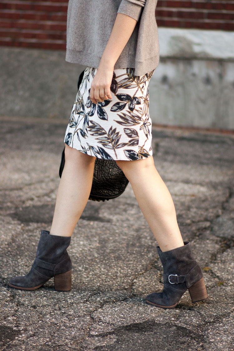Street style blogger floral statement skirt and boots