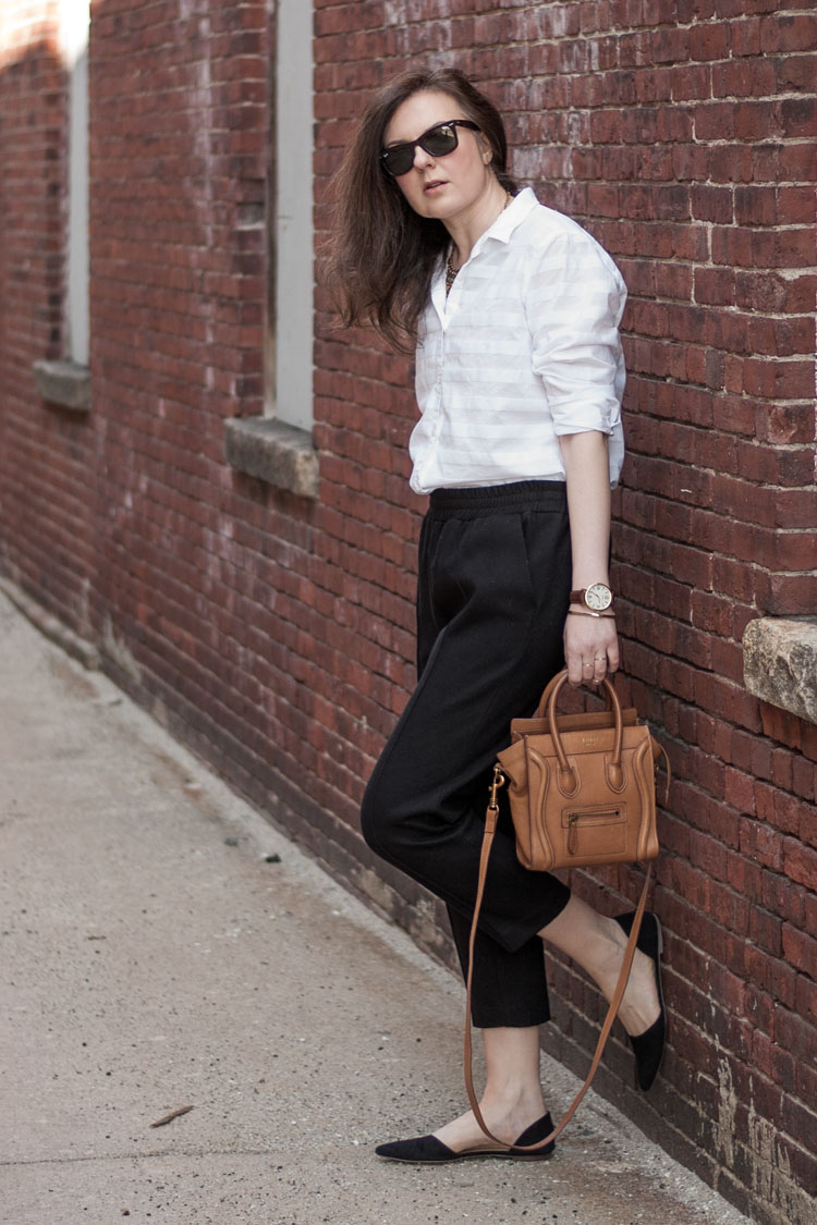 How to style a white button up shirt like a blogger