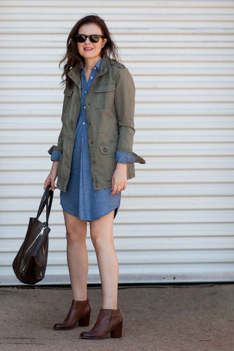 style your demin dress like a street style blogger for fall