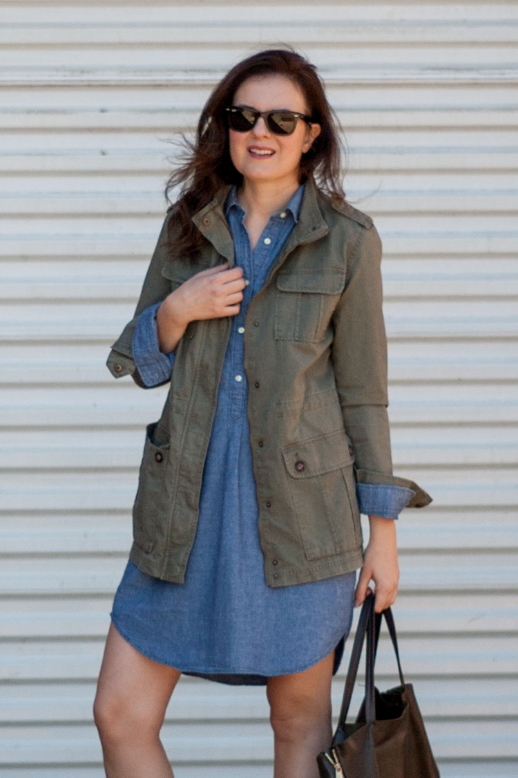 street style blogger denim dress for fall