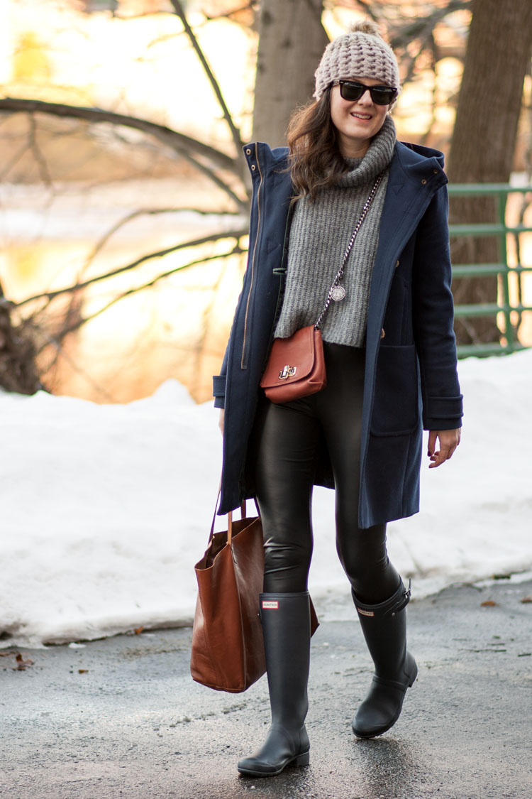 blogger style zara chunky cropped sweater leather leggings j.crew blue wool coat