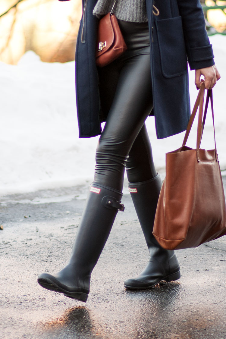 hunter rain boots leather leggings rainy day outfit