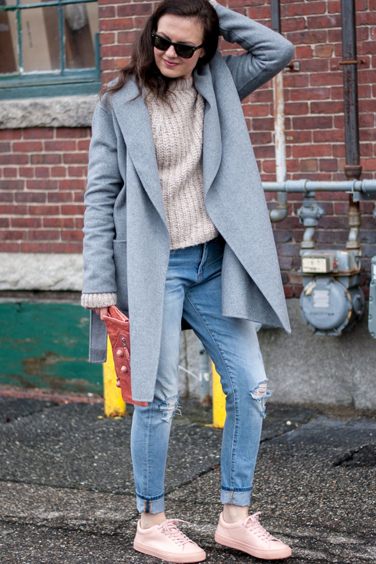 Pink sneakers and a grey coat blogger style idea