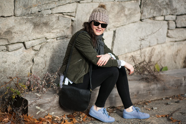 Street style outfit with purple sneakers