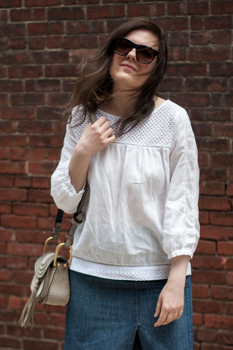 blogger style white shirt and chloe hudson bag